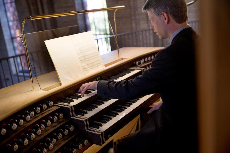 Daniel Bruun Playing The Organ